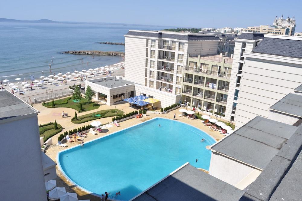호텔 페스타 포모리에 리조트(Hotel Festa Pomorie Resort) Hotel Image 0 - Featured Image