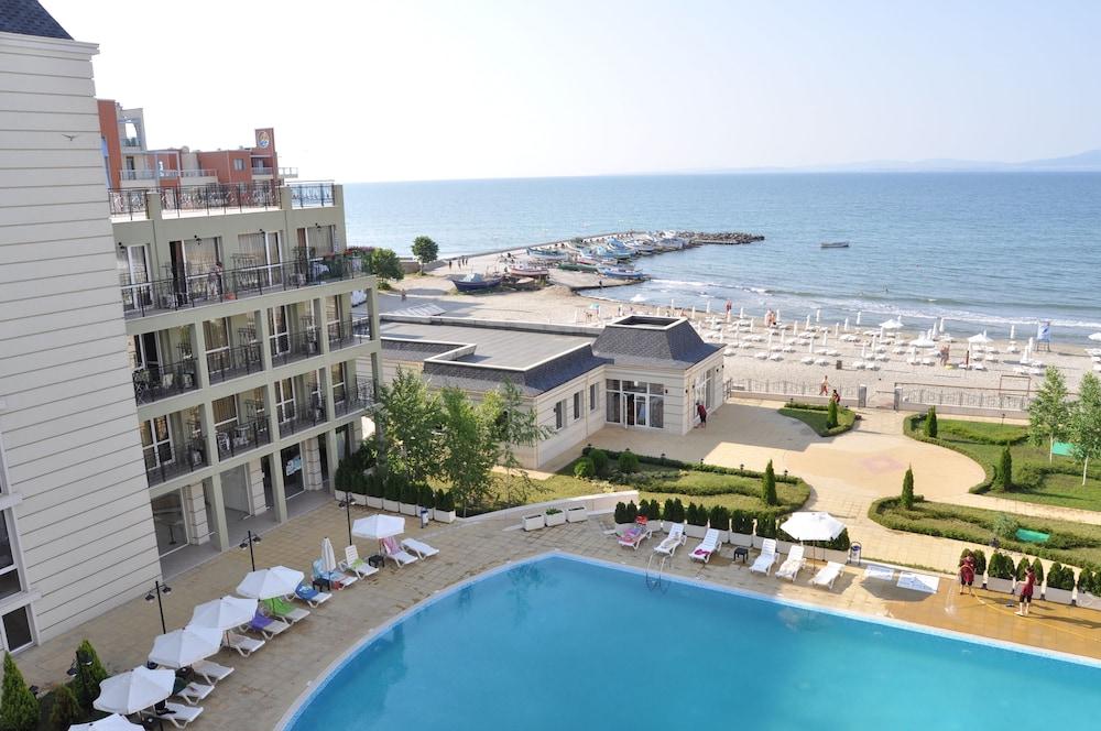 호텔 페스타 포모리에 리조트(Hotel Festa Pomorie Resort) Hotel Image 18 - Guestroom View