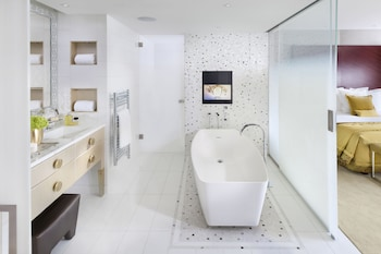 Mandarin Oriental, Paris - Bathroom  - #0