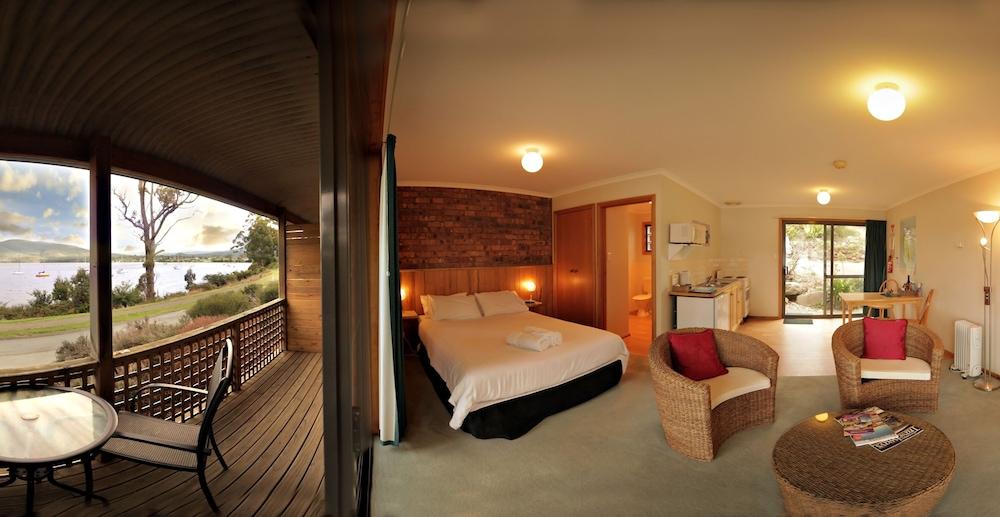 드리프트우드 코티지(Driftwood Cottages) Hotel Image 6 - Living Area