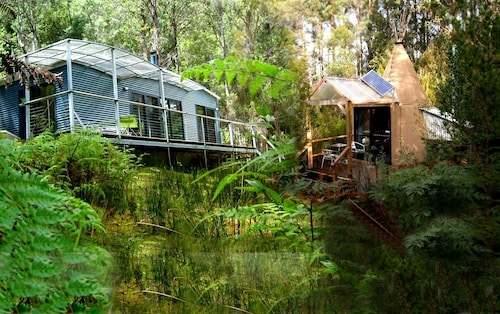 . Huon Bush Retreats