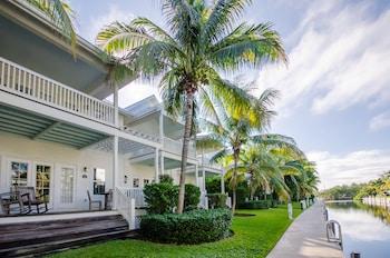 Hotel - Coral Lagoon Resort Villas & Marina by KeysCaribbean