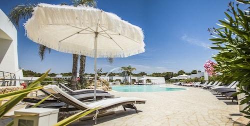 . La Casarana Resort & Spa