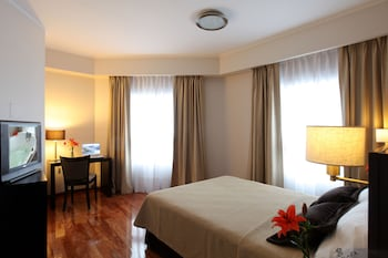 Hotel - Europlaza Hotel & Suites