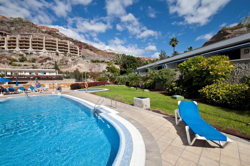 아마도레스 비치 아파트먼트(Amadores Beach Apartment) Hotel Image 1 - Pool