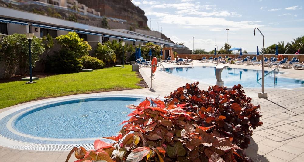 아마도레스 비치 아파트먼트(Amadores Beach Apartment) Hotel Image 2 - Pool