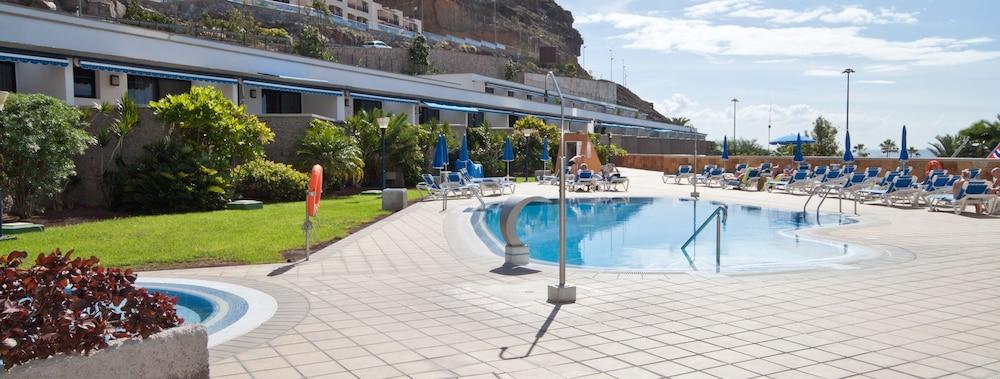 아마도레스 비치 아파트먼트(Amadores Beach Apartment) Hotel Image 5 - Pool