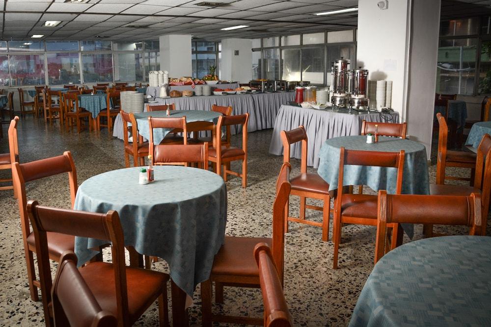 호텔 스틸 카르타게나(Hotel Stil Cartagena) Hotel Image 35 - Buffet