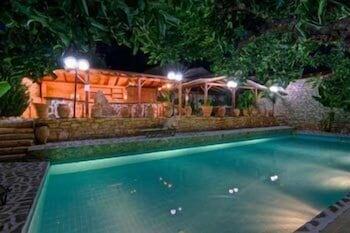 스톤 빌리지(Stone Village) Hotel Image 19 - Outdoor Pool