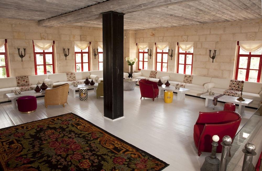 헤젠 케이브 호텔(Hezen Cave Hotel) Hotel Image 1 - Lobby