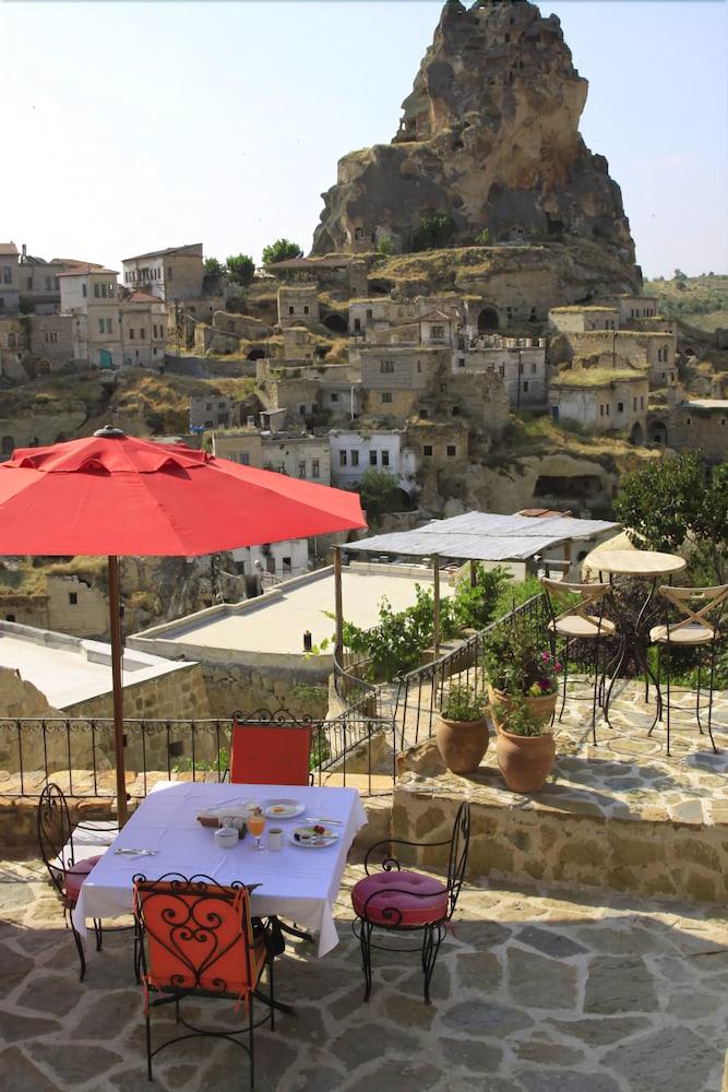 헤젠 케이브 호텔(Hezen Cave Hotel) Hotel Image 35 - Outdoor Dining