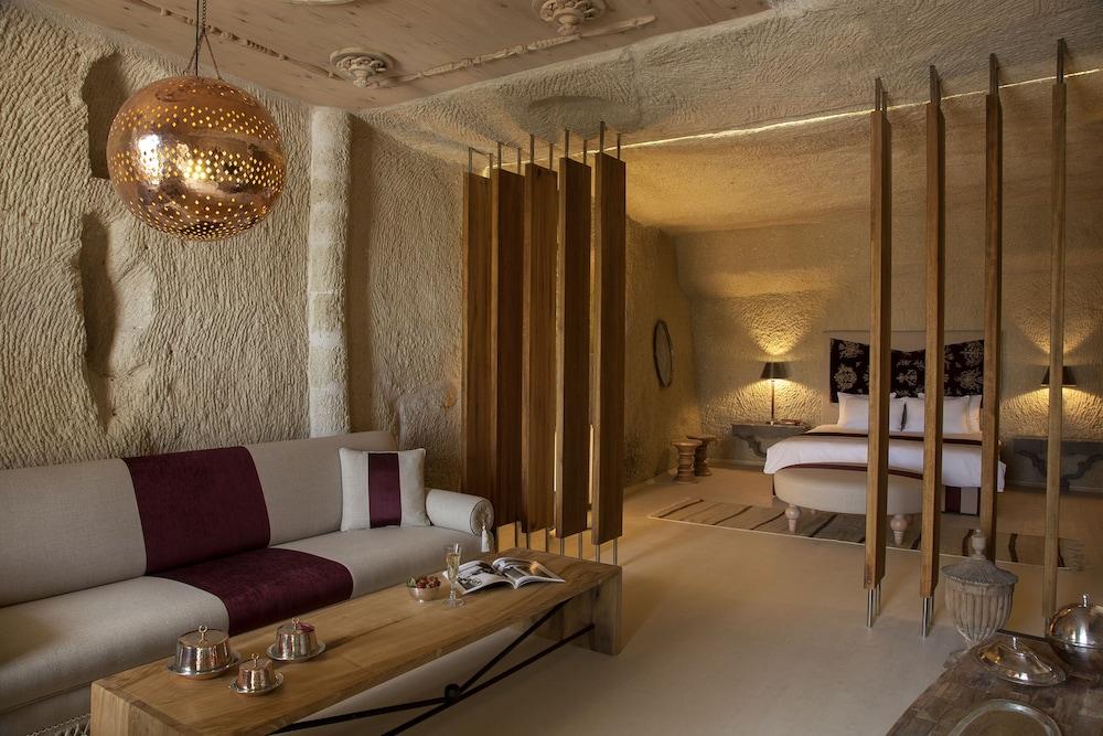 헤젠 케이브 호텔(Hezen Cave Hotel) Hotel Image 23 - Living Room