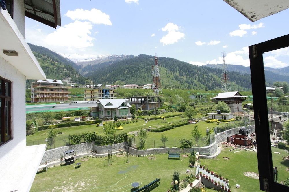 프라이드 데 비벤디 리조트 마날리.(Pride De Vivendi Resort Manali.) Hotel Image 45 - View from Hotel