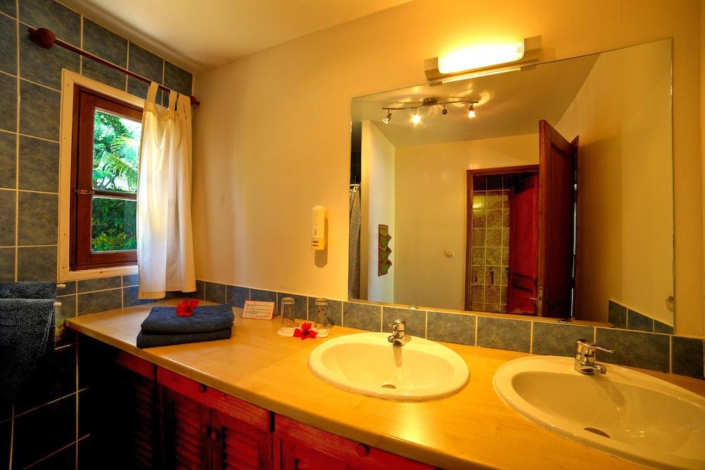 마소안드로 로지(Masoandro Lodge) Hotel Image 36 - Bathroom