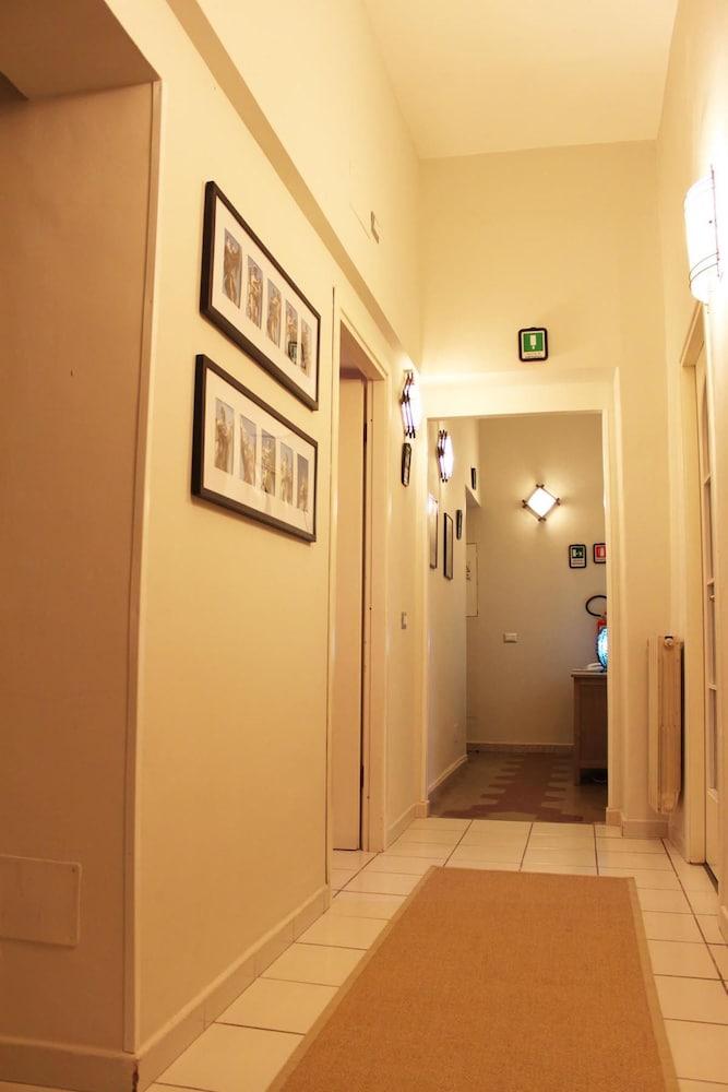 앨 파세토 산트 페테르스 비케(Al Passetto St. Peter's bike) Hotel Image 29 - Hallway
