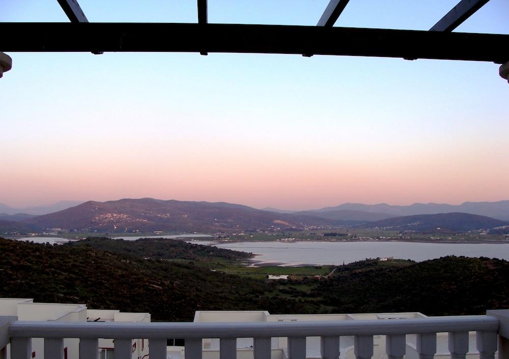 레이크사이드 가든(Lakeside Garden) Hotel Image 33 - Guestroom View