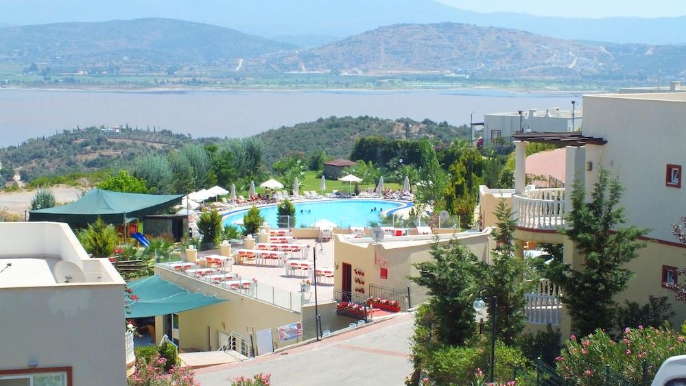 레이크사이드 가든(Lakeside Garden) Hotel Image 2 - Reception