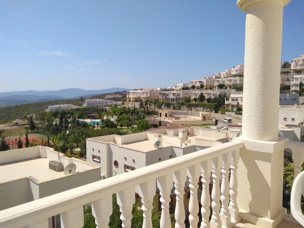 레이크사이드 가든(Lakeside Garden) Hotel Image 29 - Balcony