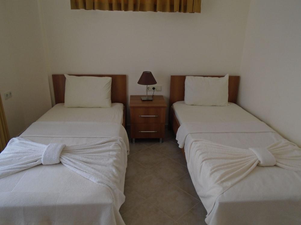 레이크사이드 가든(Lakeside Garden) Hotel Image 10 - Guestroom