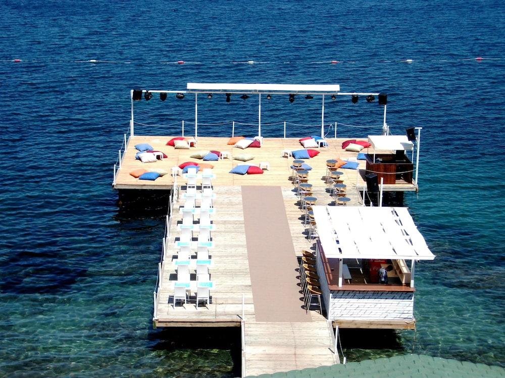 레이크사이드 가든(Lakeside Garden) Hotel Image 68 - Beach