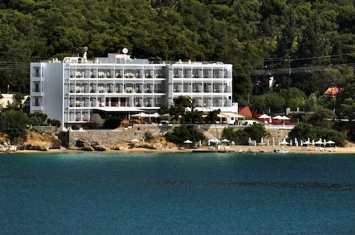 . Golden View Beach Hotel