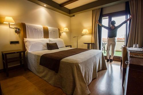 . Hotel & Spa Balfagón