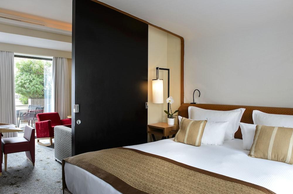 파이브 시즈 호텔 칸(Five Seas Hotel Cannes) Hotel Image 6 - Guestroom