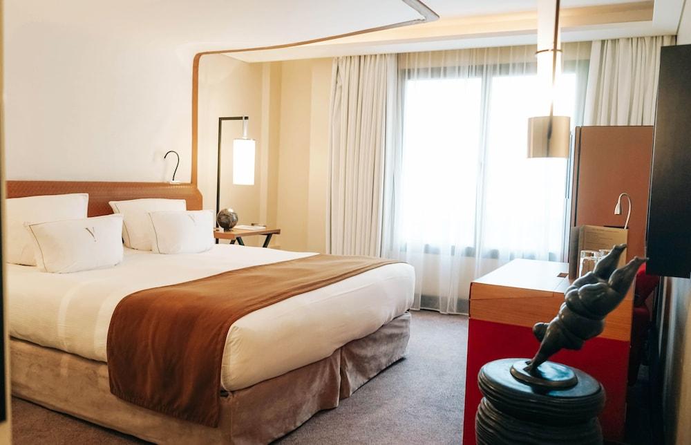 파이브 시즈 호텔 칸(Five Seas Hotel Cannes) Hotel Image 14 - Guestroom