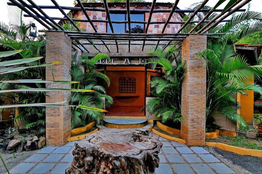 와일드플라워 리조트(Wildflower Resort) Hotel Image 30 - Property Grounds