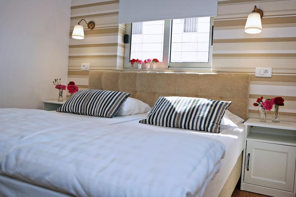 호텔 델핀(Hotel Delfin) Hotel Image 11 - Guestroom