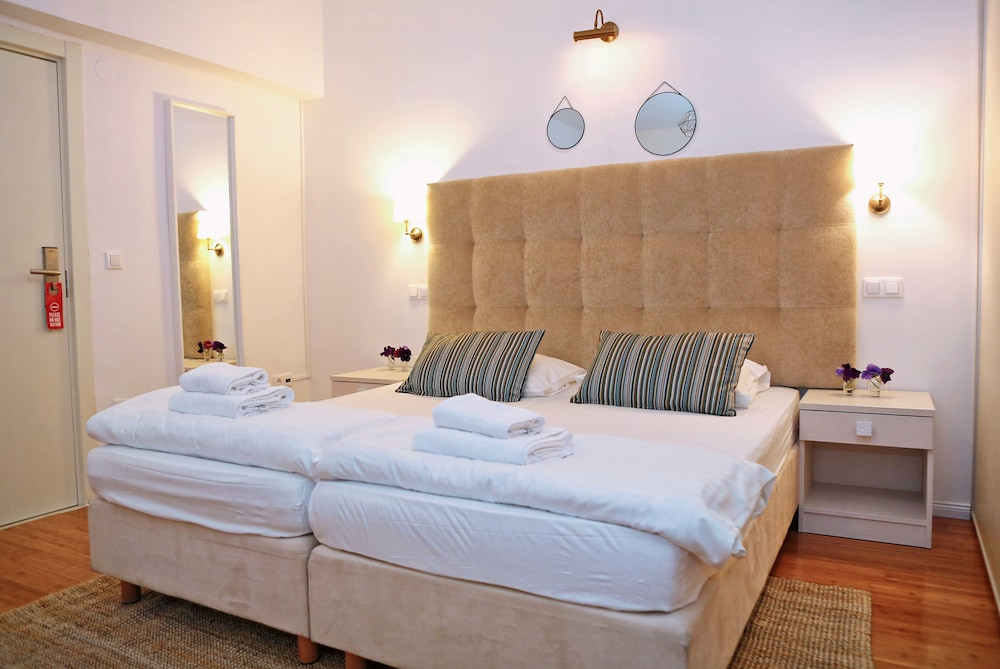 호텔 델핀(Hotel Delfin) Hotel Image 21 - Guestroom