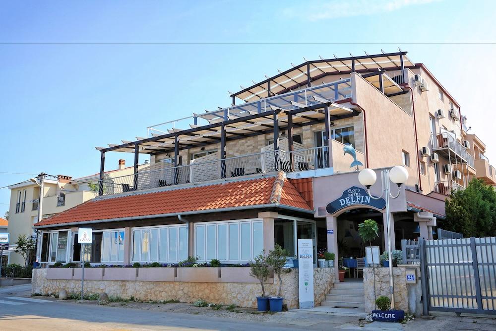 호텔 델핀(Hotel Delfin) Hotel Image 0 - Featured Image