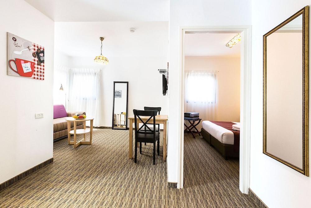 아벨 스위트 호텔(Arbel Suites Hotel) Hotel Image 6 - Guestroom