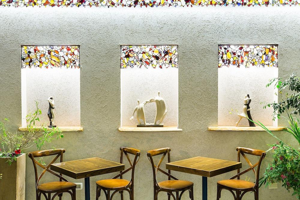 아벨 스위트 호텔(Arbel Suites Hotel) Hotel Image 20 - Breakfast Area
