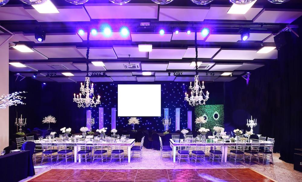 윈덤 노르델타 티그레 부에노스아이레스(Wyndham Nordelta Tigre Buenos Aires) Hotel Image 57 - Indoor Wedding