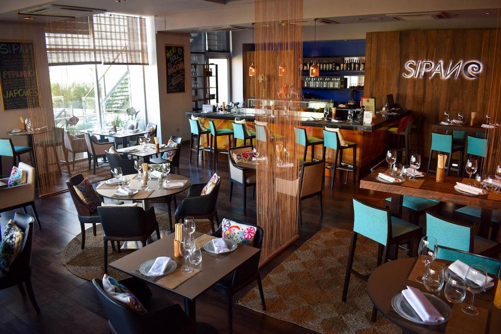 윈덤 노르델타 티그레 부에노스아이레스(Wyndham Nordelta Tigre Buenos Aires) Hotel Image 33 - Restaurant
