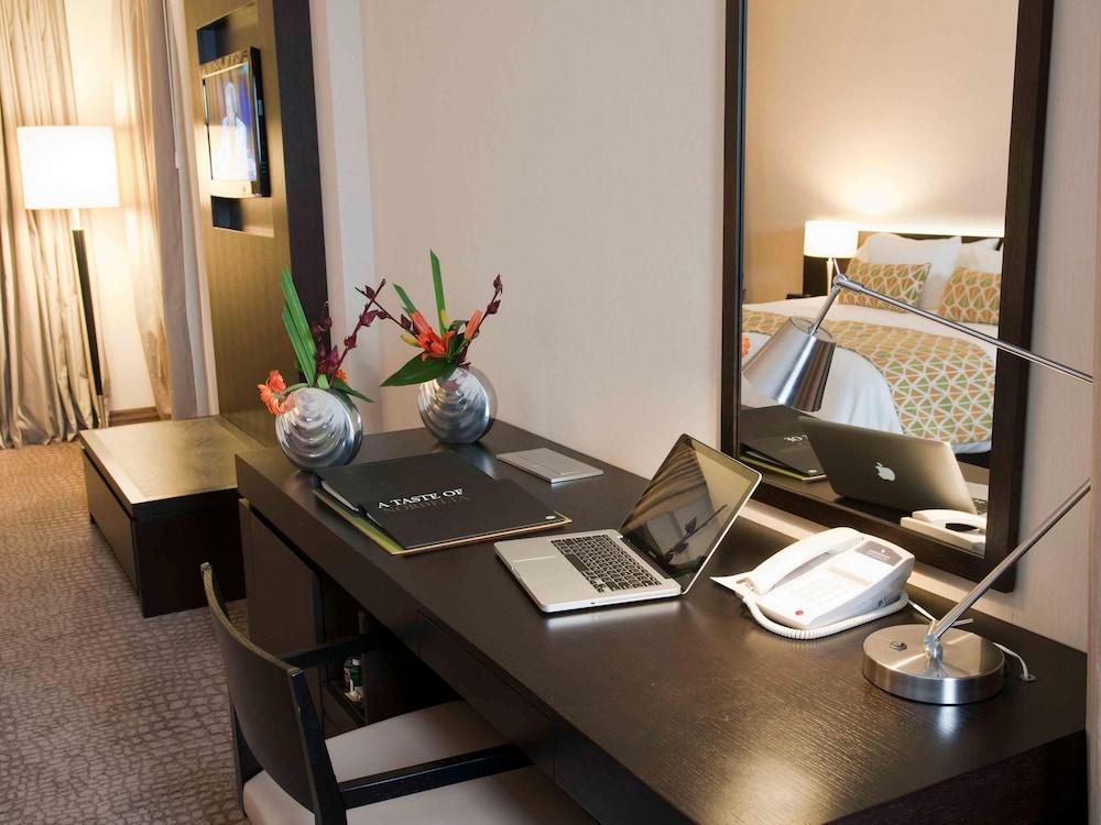 윈덤 노르델타 티그레 부에노스아이레스(Wyndham Nordelta Tigre Buenos Aires) Hotel Image 16 - Living Room