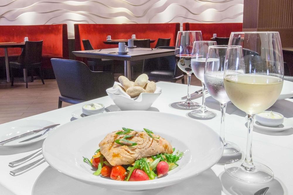 윈덤 노르델타 티그레 부에노스아이레스(Wyndham Nordelta Tigre Buenos Aires) Hotel Image 47 - Restaurant