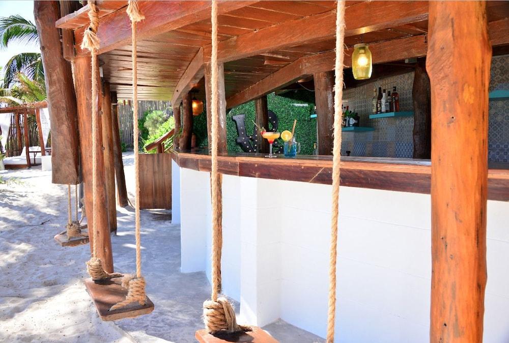 힙 호텔 툴룸(Hip Hotel Tulum) Hotel Image 23 - Hotel Bar