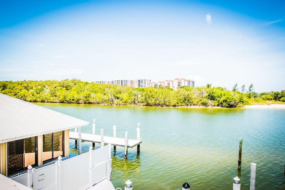 더 보트 하우스(The Boat House) Hotel Image 1 - View from Hotel