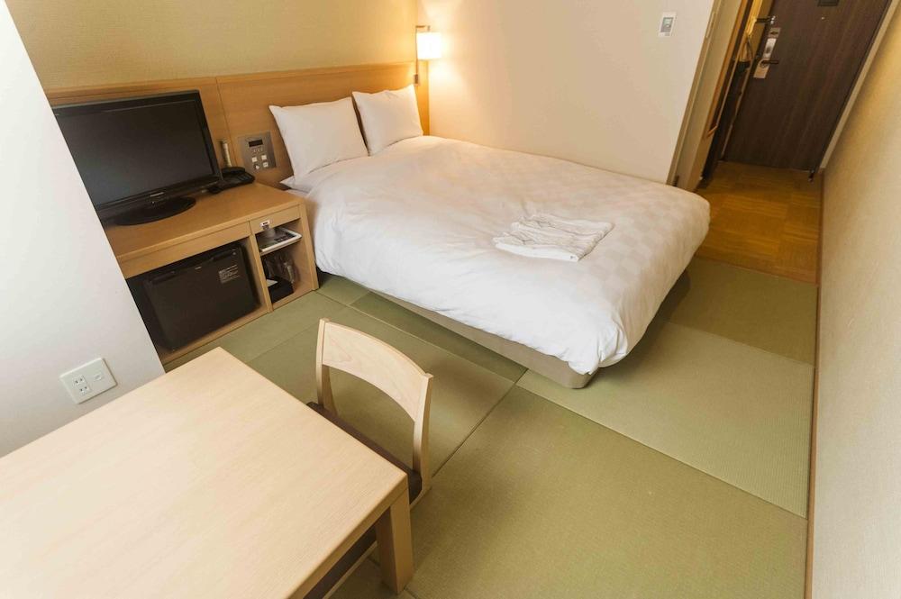 다이와 로이넷 호텔 오키나와 켄초마에(Daiwa Roynet Hotel Okinawa Kenchomae) Hotel Image 16 - Guestroom