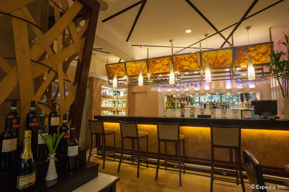 세부 그랜드 호텔(Cebu Grand Hotel) Hotel Image 34 - Hotel Bar