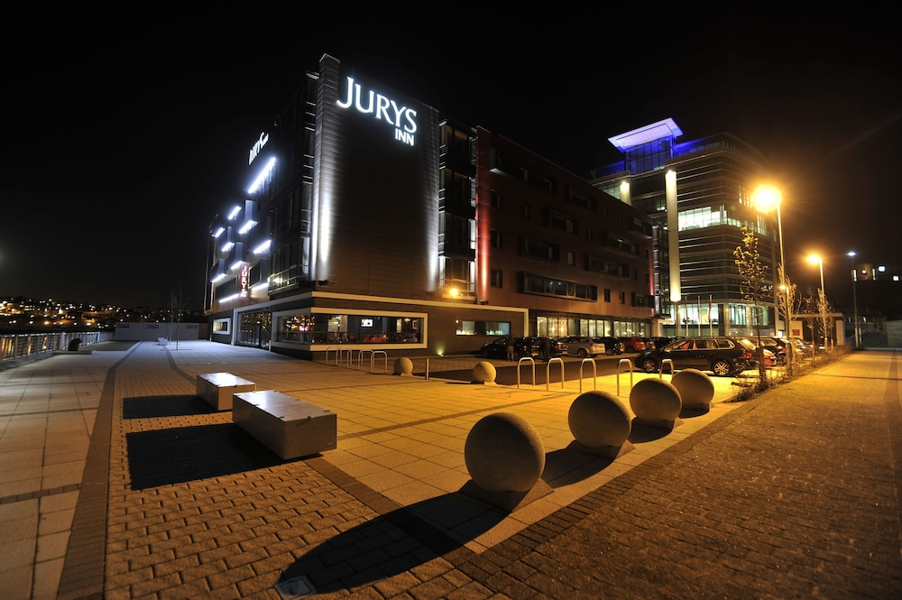 쥬리스 인 뉴캐슬 키사이드(Jurys Inn Newcastle Quayside) Hotel Image 31 - Hotel Front - Evening/Night