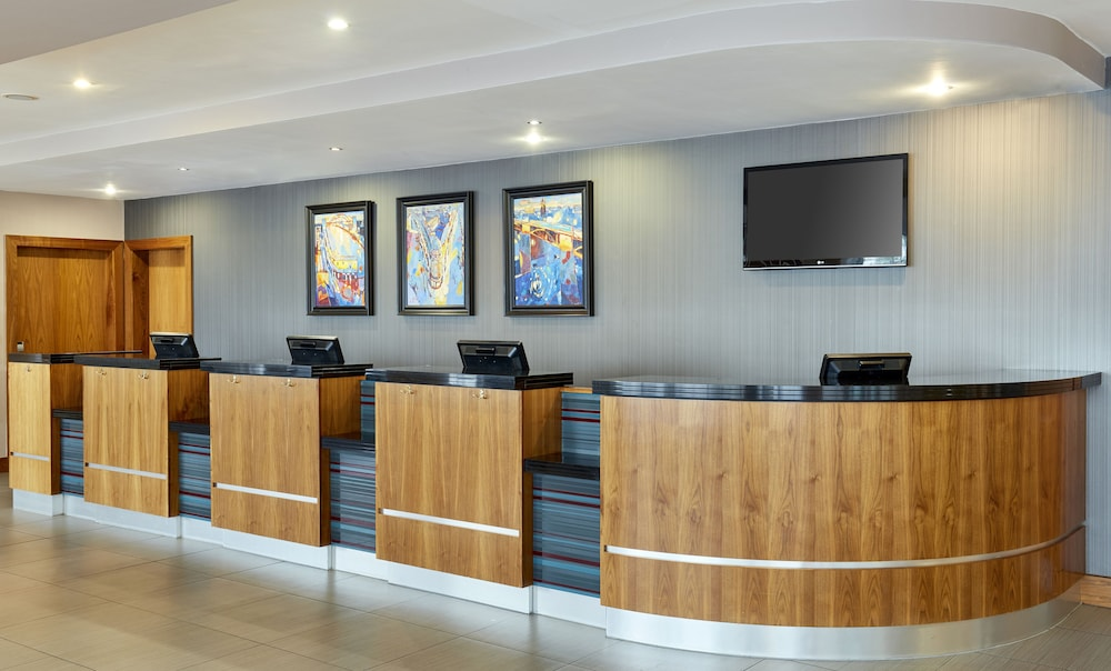 쥬리스 인 뉴캐슬 키사이드(Jurys Inn Newcastle Quayside) Hotel Image 17 - Reception