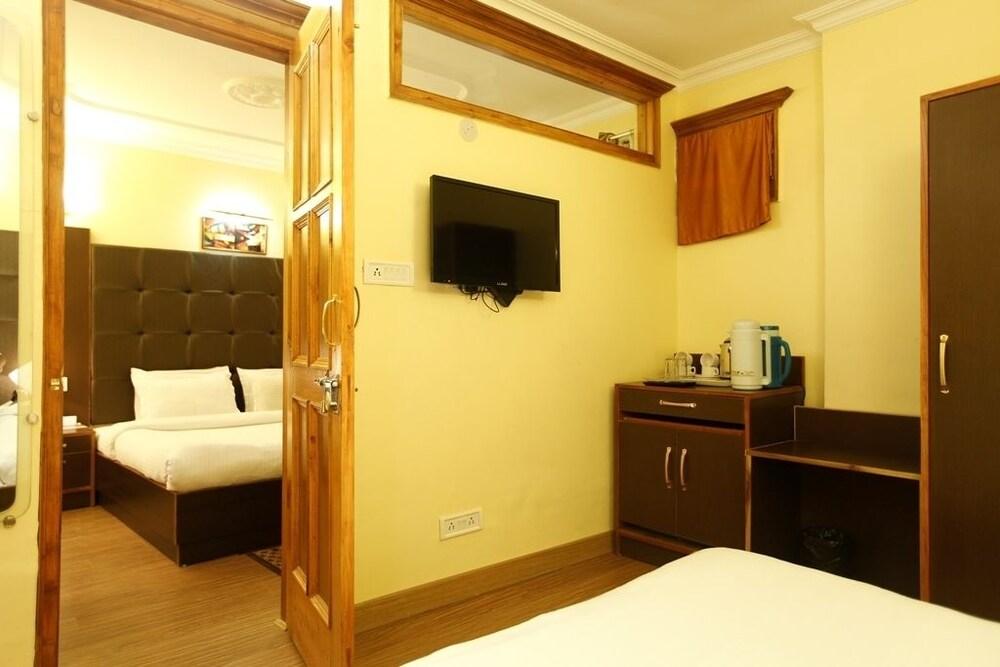 브리지 뷰 리젠시(Bridge View Regency) Hotel Image 5 - Guestroom