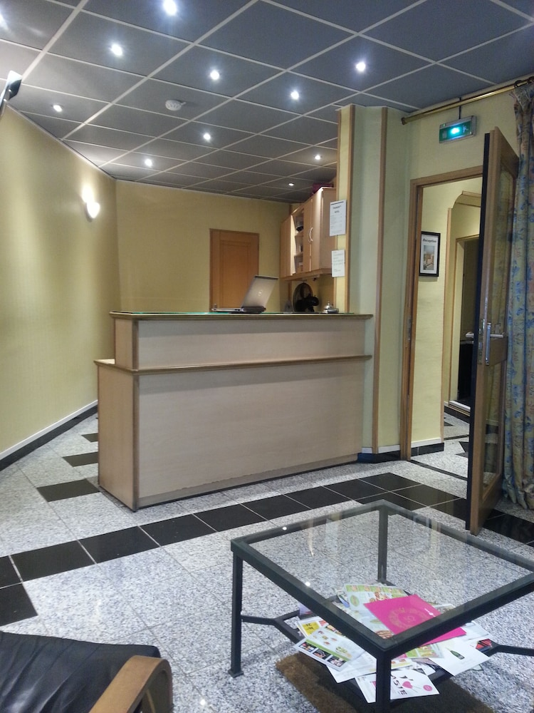 호텔 트리아농 뱅상(Hôtel Trianon Vincennes) Hotel Image 19 - Reception