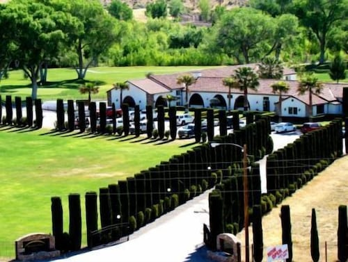 . Historic Beaver Dam Lodge / Golf / RV Resort