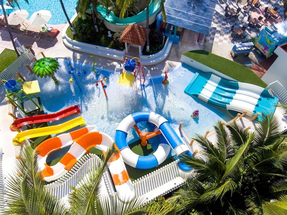 선스케이프 도라도 파시피코 익스타파 리조트 앤드 스파 올 인클루시브(Sunscape Dorado Pacifico Ixtapa Resort & Spa All Inclusive) Hotel Image 17 - Water Park