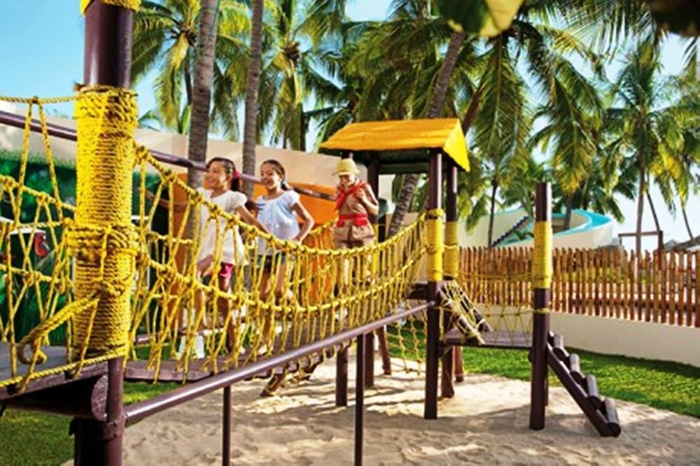 선스케이프 도라도 파시피코 익스타파 리조트 앤드 스파 올 인클루시브(Sunscape Dorado Pacifico Ixtapa Resort & Spa All Inclusive) Hotel Image 29 - Childrens Play Area - Outdoor