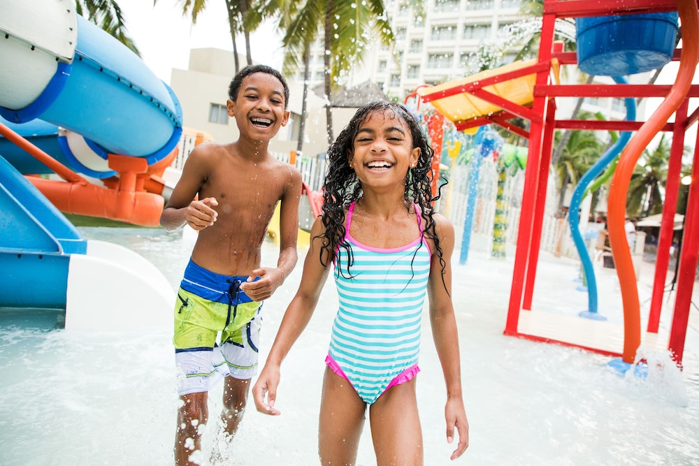 선스케이프 도라도 파시피코 익스타파 리조트 앤드 스파 올 인클루시브(Sunscape Dorado Pacifico Ixtapa Resort & Spa All Inclusive) Hotel Image 16 - Childrens Pool